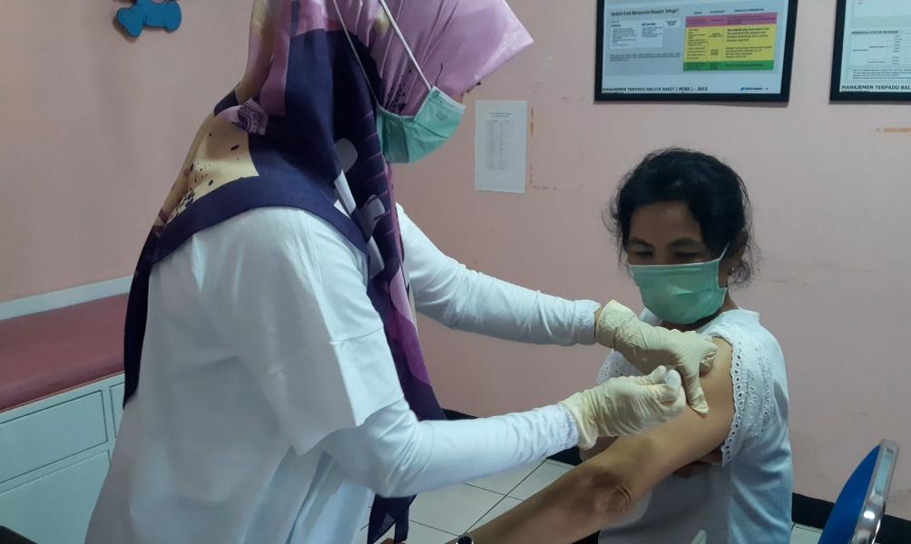 Vaksinasi Covid-19 Bagi Tenaga Kesehatan Kota Cimahi Terus Dilakukan