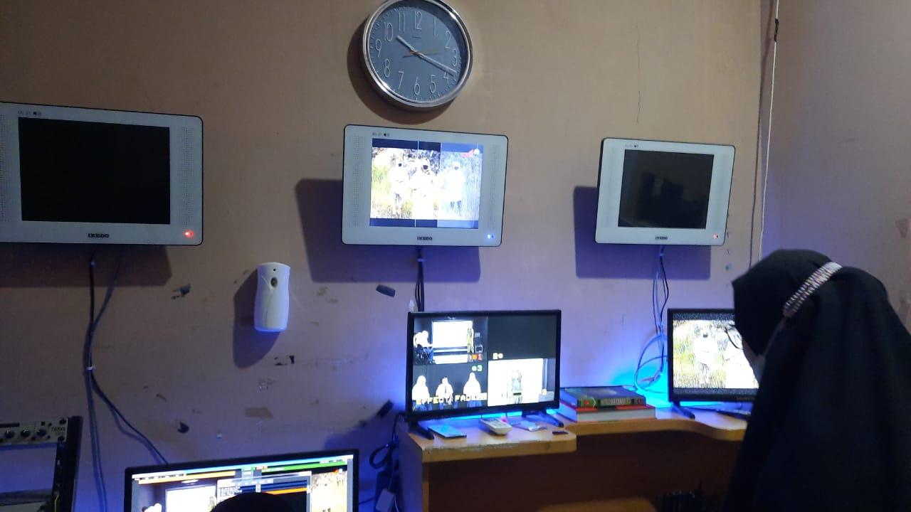 Belajar Dari Rumah Lewat Tayangan TV Bagi Siswa SMP Mulai Diterapkan