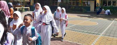 Waspada Pandemi Virus Corona, Pelajar SD-SMP Belajar Di Rumah