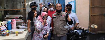 Wali Kota Cimahi mengunjungi Pasar Baros untuk meninja kesiapan AKB